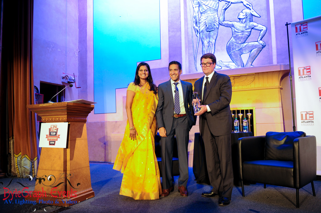 As President of TiE Atlanta 2016-17, Kanchana Raman presents lifetime achievement award along with Dr. Sanjay Gupta to founder of WebMD and Share Care founder, Jeff Todd Arnold